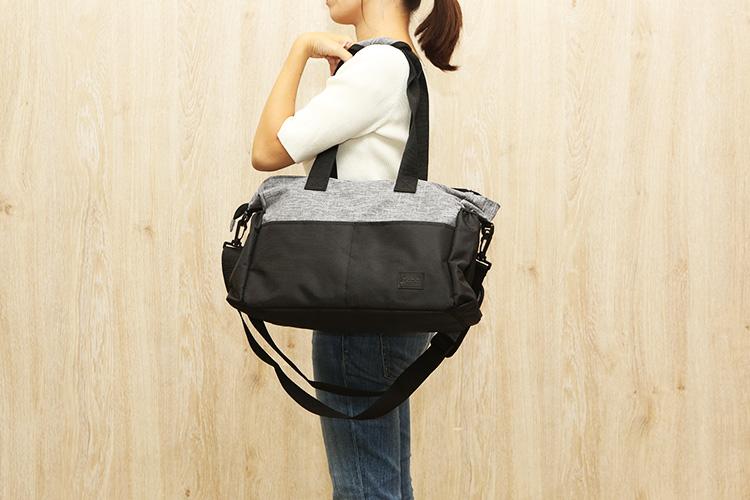 KLOKOL「多機能マザーズバッグ」女性